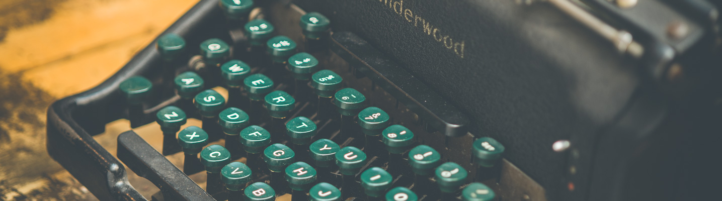 Photo of a vintage Underwood Typewriter on display at the SPARC Radio Museum