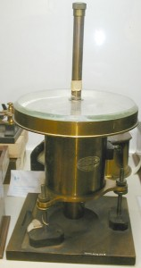 Photo of a Lord Kelvin galvanometer