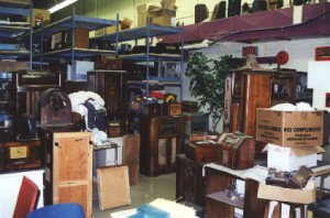 Photo of the cabinet restoration workshop at the SPARC Radio Museum